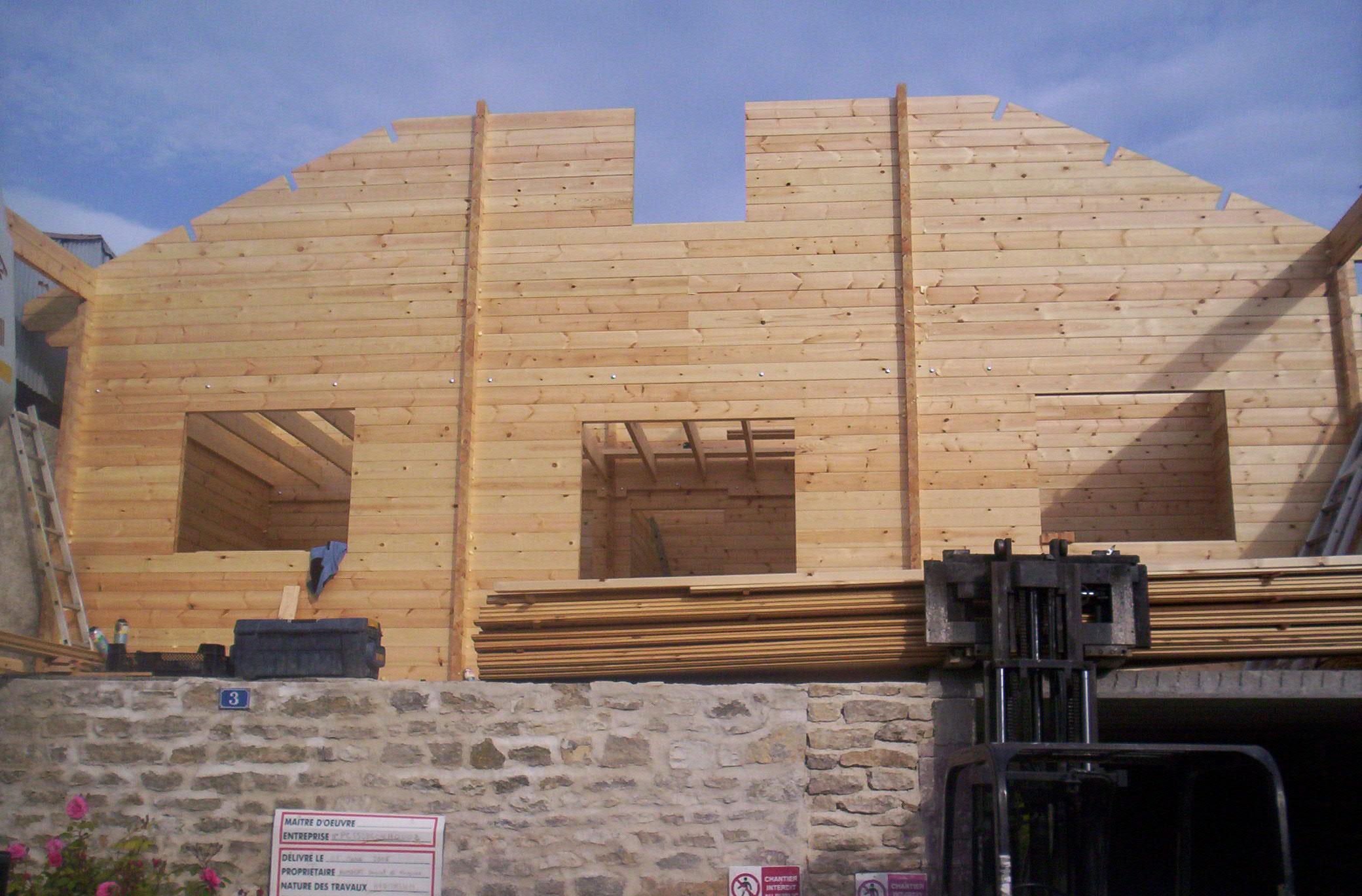 Maison bois pas chere fabulous maison en bois maison for Construction maison design pas chere